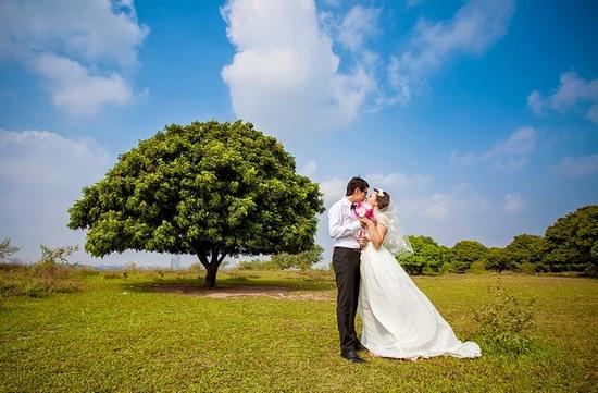5 địa điểm chụp ảnh lãng mạn ở Hà Nội thu hút giới trẻ nhất - Ảnh 1