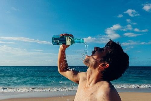 Lý giải hiện tượng tại sao nước biển không uống được? - Ảnh 3