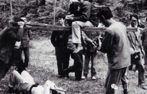Ngắm những hình ảnh về thời quay phim thiếu thốn của Tây Du Ký 1986 - Ảnh 5