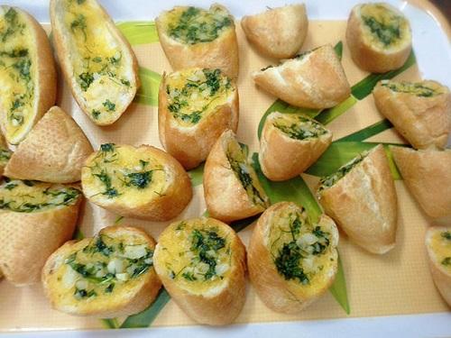 Cách làm bánh mì bơ tỏi thơm ngậy chỉ với 3 bước - Ảnh 3