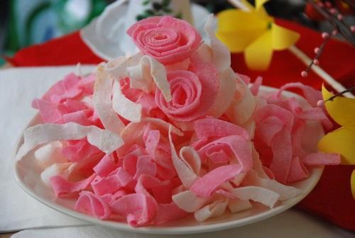 Hướng dẫn cách làm mứt dừa hình hoa hồng cực dễ vui đón Tết Đinh Dậu - Ảnh 4