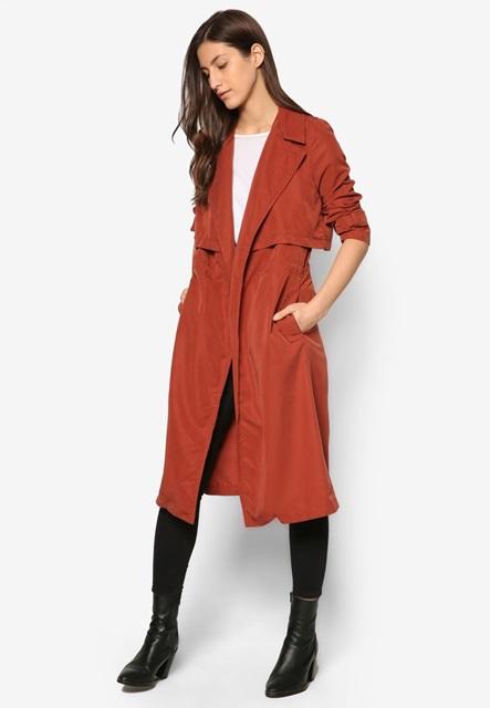 Trở thành cô nàng sành điệu với những mẫu áo khoác nữ cuối năm - Ảnh 2