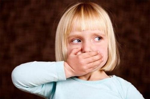 Trẻ chậm nói, khó khăn trong giao tiếp - Cha mẹ phải làm gì? - Ảnh 1