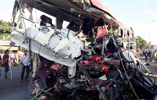 Ám ảnh những vụ tai nạn giao thông thảm khốc xảy ra vào ban đêm - Ảnh 3