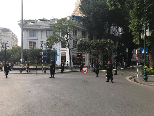 Tổng thống Mỹ Donald Trump tới Hà Nội - Ảnh 12