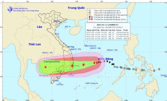 Bộ trưởng Nông nghiệp: Không để thảm họa lũ chồng lũ do bão số 12 - Ảnh 2