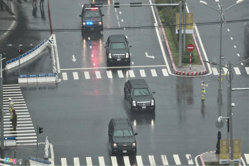 Cận cảnh dàn siêu xe của Tổng thống Trump ở Đà Nẵng - Ảnh 5