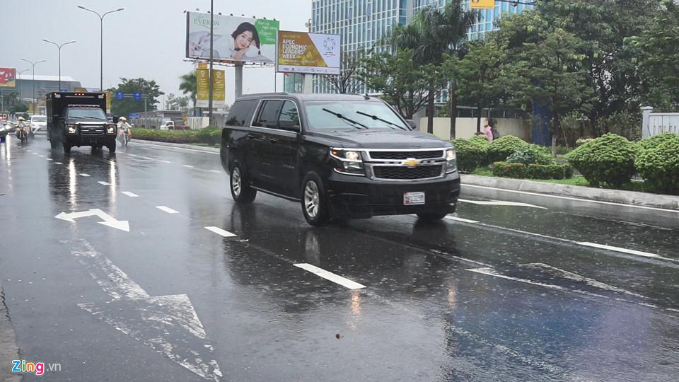 Cận cảnh dàn siêu xe của Tổng thống Trump ở Đà Nẵng - Ảnh 9