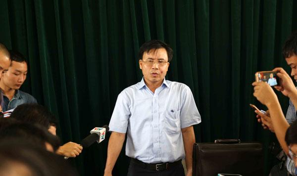 Chủ tịch huyện đề xuất làm đường cho trâu bò đi qua quốc lộ - Ảnh 1
