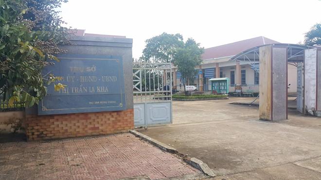 Phó Chủ tịch UBND thị trấn nợ dân 2 tỷ bị cho thôi việc - Ảnh 1