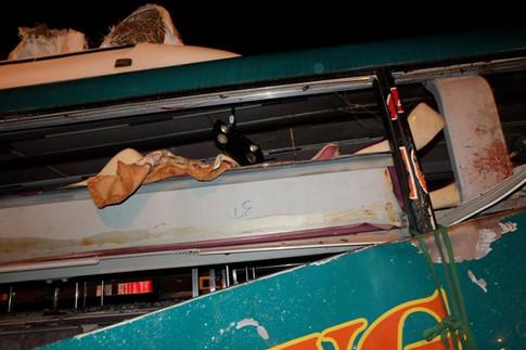 Hiện trường vụ nổ xe khách khiến 2 người chết, 12 bị thương ở Bắc Ninh - Ảnh 4