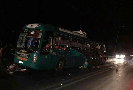 Hiện trường vụ nổ xe khách khiến 2 người chết, 12 bị thương ở Bắc Ninh - Ảnh 8