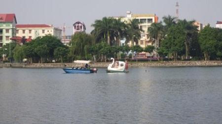 Vận động viên đua thuyền 15 tuổi tử vong vì thuyền lật - Ảnh 1