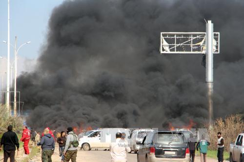 Vụ đánh bom đoàn xe sơ tán ở Syria khiến 112 người chết - Ảnh 1
