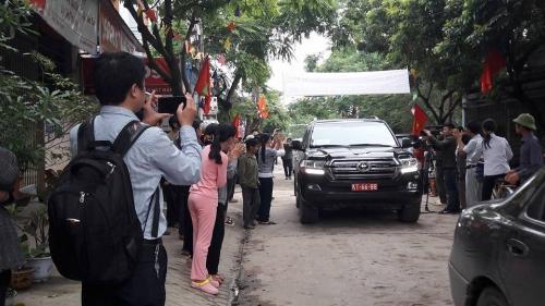 10h30 sáng nay, Chủ tịch Hà Nội đối thoại với người dân Đồng Tâm - Ảnh 5