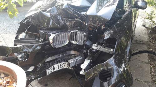 Xe BMW đâm gốc cây, Chủ tịch UBND huyện Côn Đảo tử vong - Ảnh 2