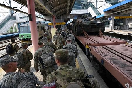 Mỹ, Trung chuẩn bị cho lkhủng hoảng Triều Tiên? - Ảnh 2