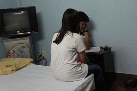 Hồ sơ vụ án: Thầy giáo bắt cóc, ép tình nữ sinh vì cuồng yêu      - Ảnh 2