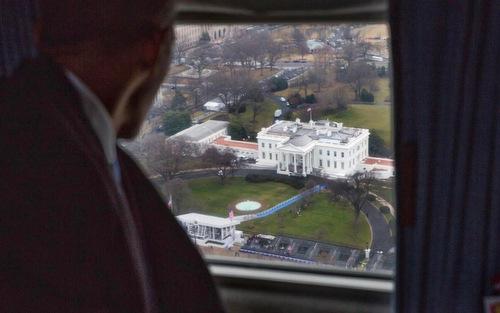 Hé lộ bức thư ông Obama gửi Trump khi rời Nhà Trắng - Ảnh 1