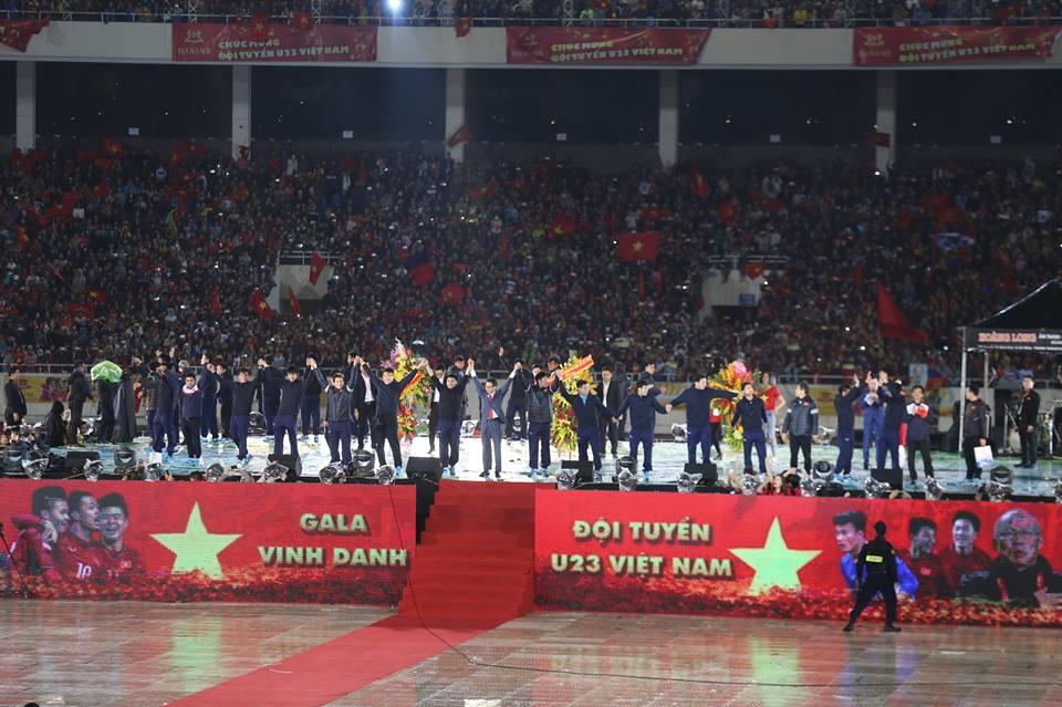 Đêm Gala chào đón U23 Việt Nam tại Mỹ Đình - Ảnh 2