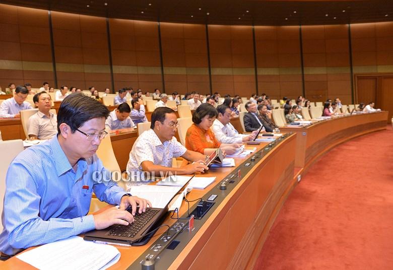 Bộ trưởng VH,TT&DL kêu khó khắc phục xuống cấp đạo đức, văn hóa vì thiếu kinh tế - Ảnh 1
