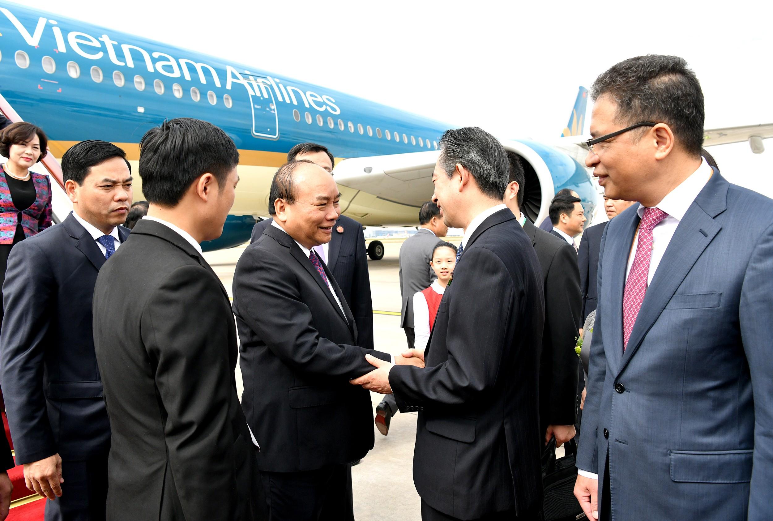 Thủ tướng đã đến Thượng Hải, bắt đầu chuyến tham dự CIIE 2018 - Ảnh 2