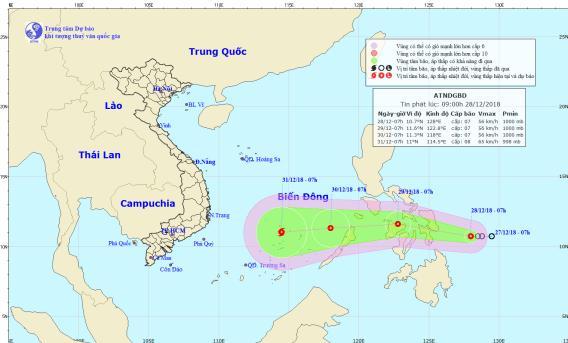 Áp thấp nhiệt đới giật cấp 9 có khả năng mạnh thành bão áp sát Biển Đông - Ảnh 1
