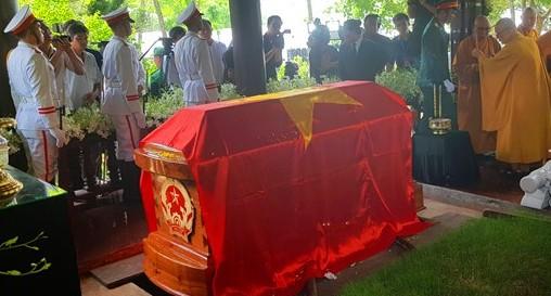 Cố Thủ tướng Phan Văn Khải về với đất mẹ trong niềm tiếc thương vô hạn - Ảnh 7