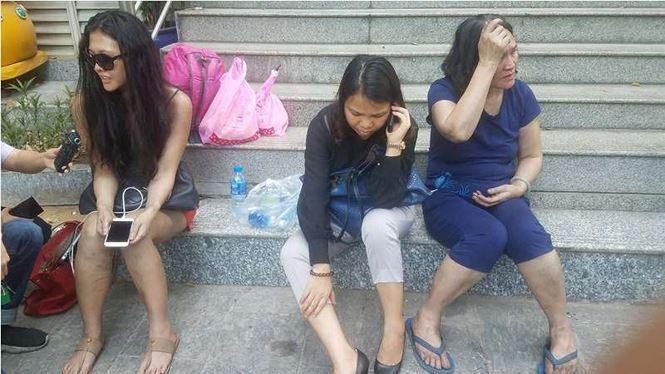 Hiện trường vụ cháy chung cư ở Sài Gòn, 13 người chết - Ảnh 9