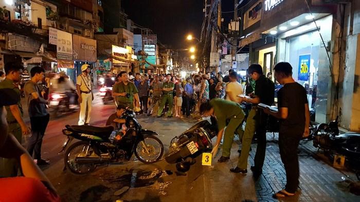 """Hiện trường vụ 2 """"hiệp sĩ"""" ở Sài Gòn bị đâm chết: Cách trụ sở công an phường 20m - Ảnh 5"""