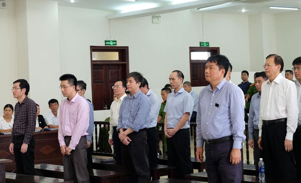 Y án 13 năm tù đối với bị cáo Đinh La Thăng - Ảnh 1