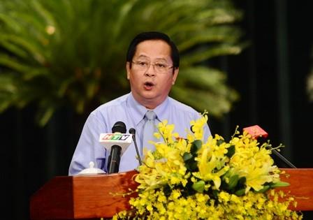 Nóng: Khởi tố nguyên Phó Chủ tịch UBND TP.Hồ Chí Minh Nguyễn Hữu Tín - Ảnh 1