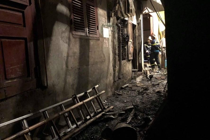 Kết quả khám nghiệm pháp y 2 vợ chồng chết cháy trong vụ hỏa hoạn cạnh viện Nhi - Ảnh 1