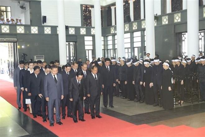 Lễ viếng Chủ tịch nước Trần Đại Quang - Ảnh 10