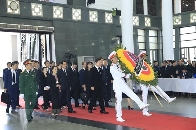 Lễ viếng Chủ tịch nước Trần Đại Quang - Ảnh 13