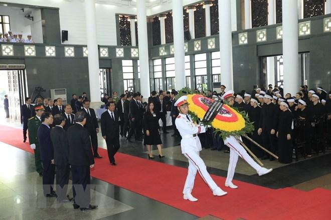 Lễ viếng Chủ tịch nước Trần Đại Quang - Ảnh 14