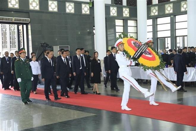 Lễ viếng Chủ tịch nước Trần Đại Quang - Ảnh 23