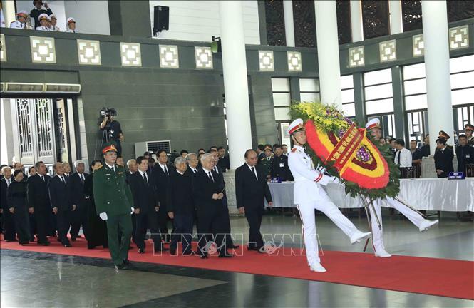 Nhiều đoàn lãnh đạo các nước đến viếng Chủ tịch nước Trần Đại Quang - Ảnh 1