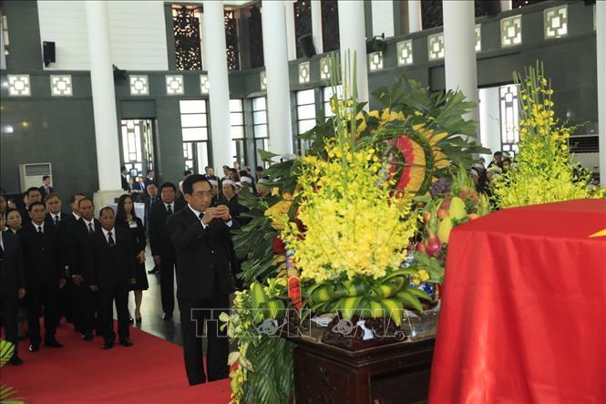 Nhiều đoàn lãnh đạo các nước đến viếng Chủ tịch nước Trần Đại Quang - Ảnh 4