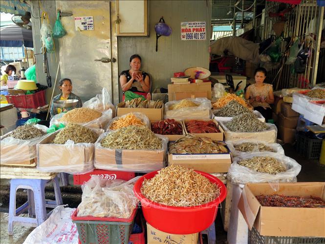 Chủ tịch UBND TP Hà Nội: Thông tin về tình trạng bảo kê tại chợ Long Biên là có cơ sở - Ảnh 1