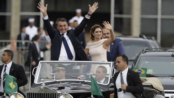 Tân Tổng thống Brazil 63 tuổi tuyên thệ nhậm chức - Ảnh 1