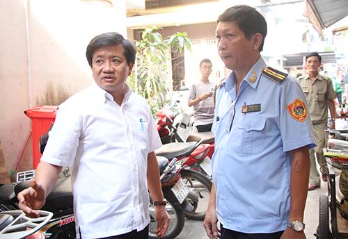 Ông Đoàn Ngọc Hải chỉ đạo sơ tán khẩn cấp người dân khỏi chung cư nghiêng 45 cm - Ảnh 1