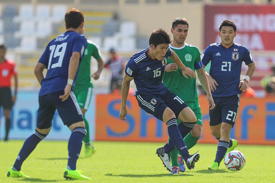Asian Cup 2019: Nhật Bản chật vật lội ngược dòng đánh bại Turkmenistan - Ảnh 1