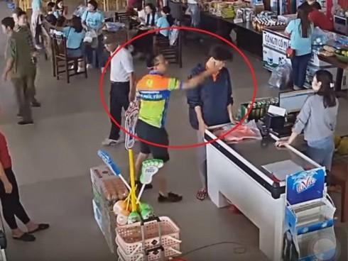 Vụ thượng úy công an nghi ném xúc xích vào mặt nữ nhân viên: Bí thư tỉnh Thái Nguyên lên tiếng - Ảnh 1