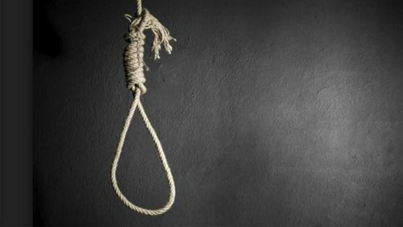 Người phụ nữ treo cổ tự tử nghi do trầm cảm sau sinh - Ảnh 1