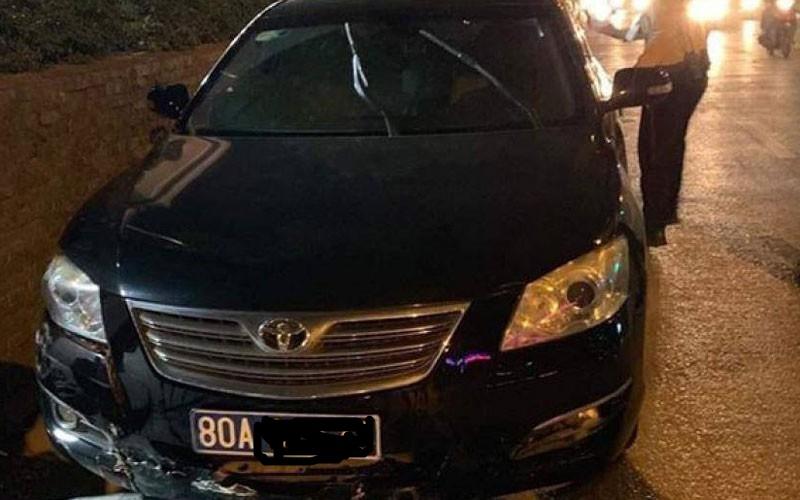 Hé lộ chủ nhân xe biển xanh gây tai nạn rồi bỏ chạy ở Hà Nội - Ảnh 1