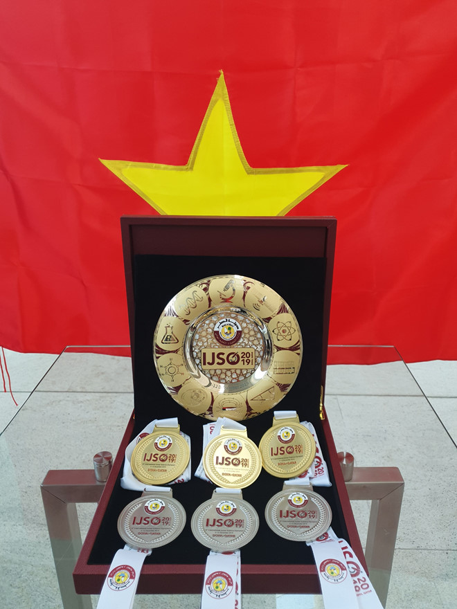 Việt Nam giành 3 huy chương vàng Olympic khoa học trẻ quốc tế - Ảnh 2