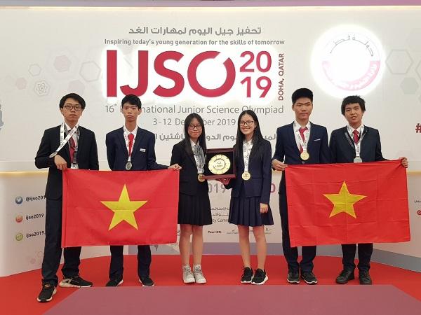 Việt Nam giành 3 huy chương vàng Olympic khoa học trẻ quốc tế - Ảnh 1