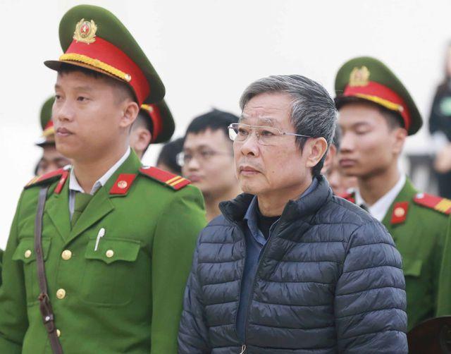 Xét xử Mobifone mua 95% cổ phần AVG: Đề nghị tử hình ông Nguyễn Bắc Son, 14-16 năm tù với ông Trương Minh Tuấn - Ảnh 1