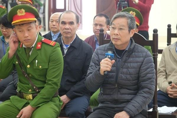 Tuyên án vụ Mobifone mua AVG: Ông Nguyễn Bắc Son nhận án chung thân, ông Trương Minh Tuấn lĩnh 14 năm tù  - Ảnh 1